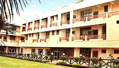 Hotel Neeraj Bhavan