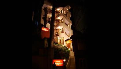 Hotel Sangeet